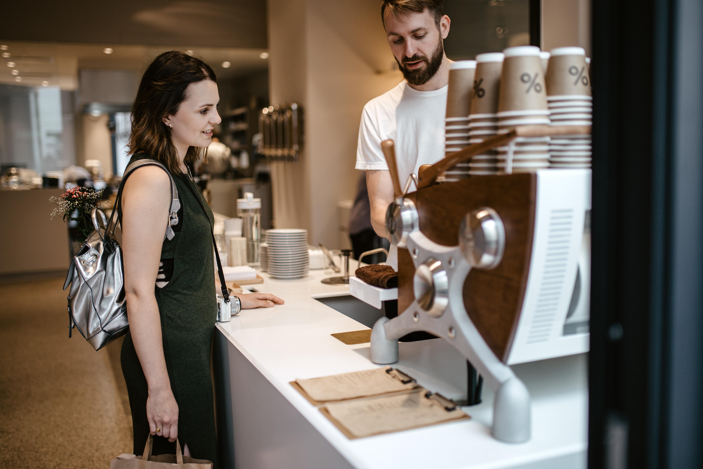 Alexandra auf Kaffeetour